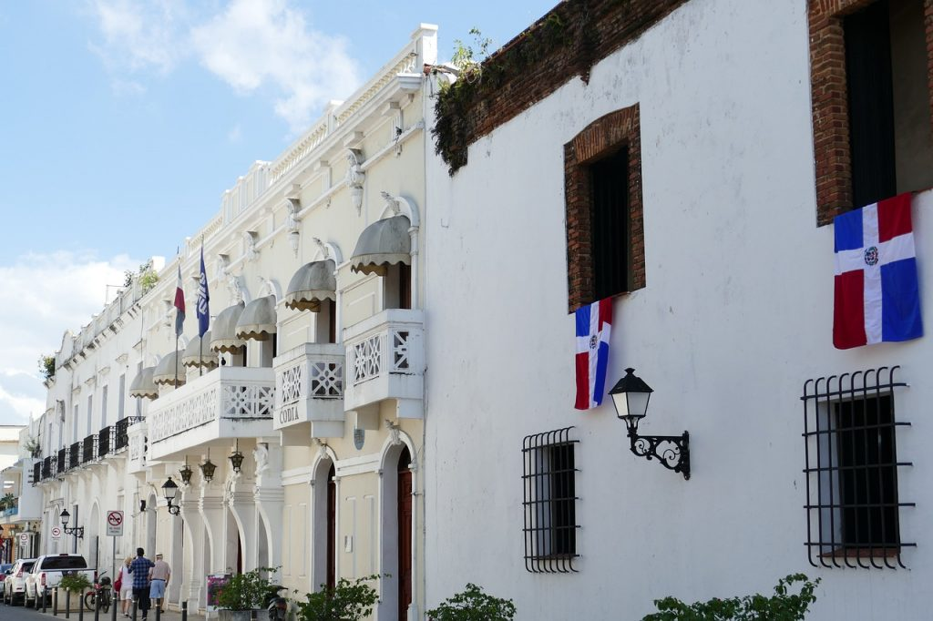 International Moving to Dominican Republic